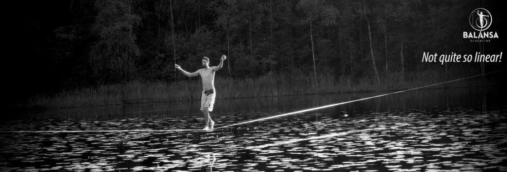 Balansa slackline – waterline