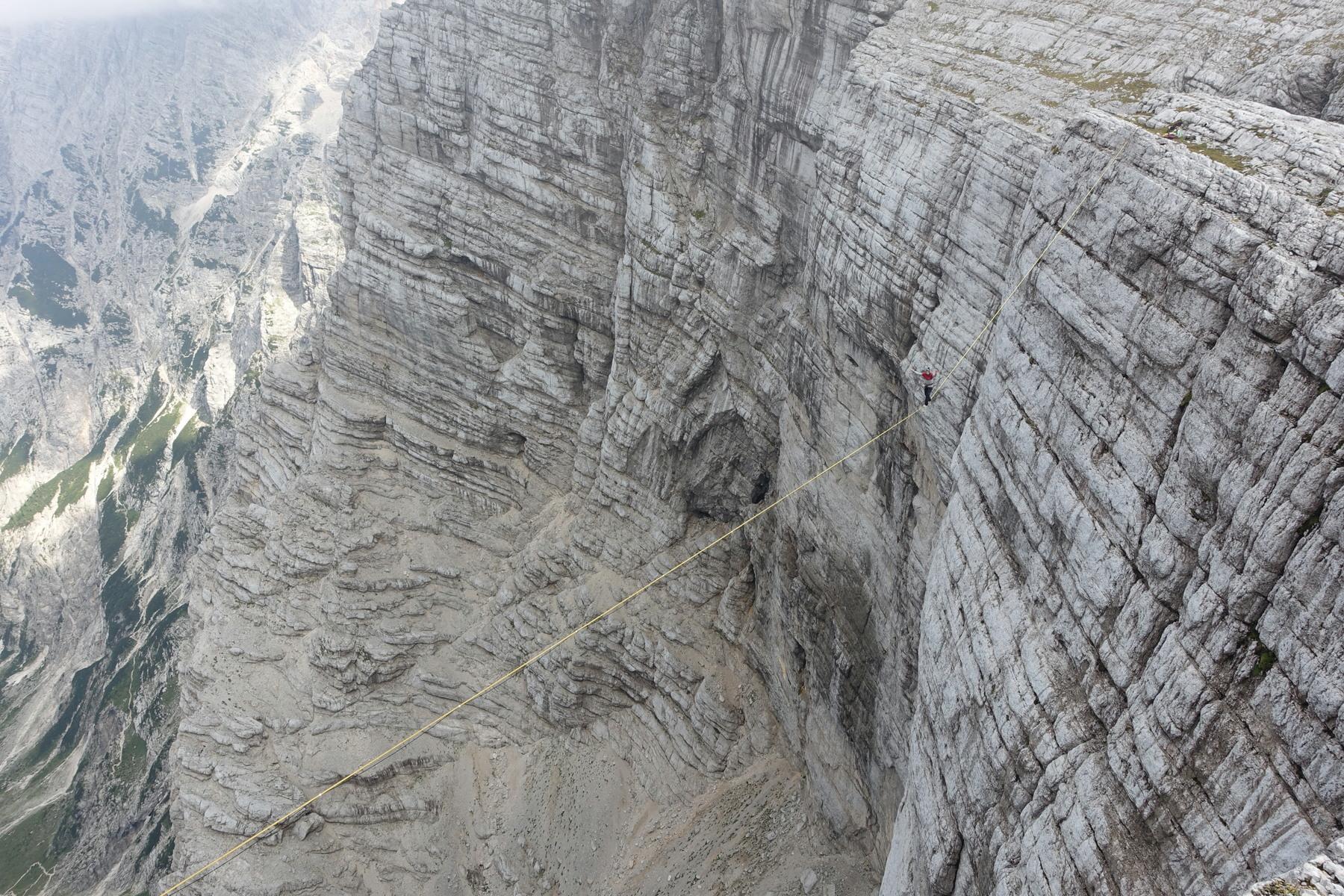 Balansa_Slackline-Triglav Highline